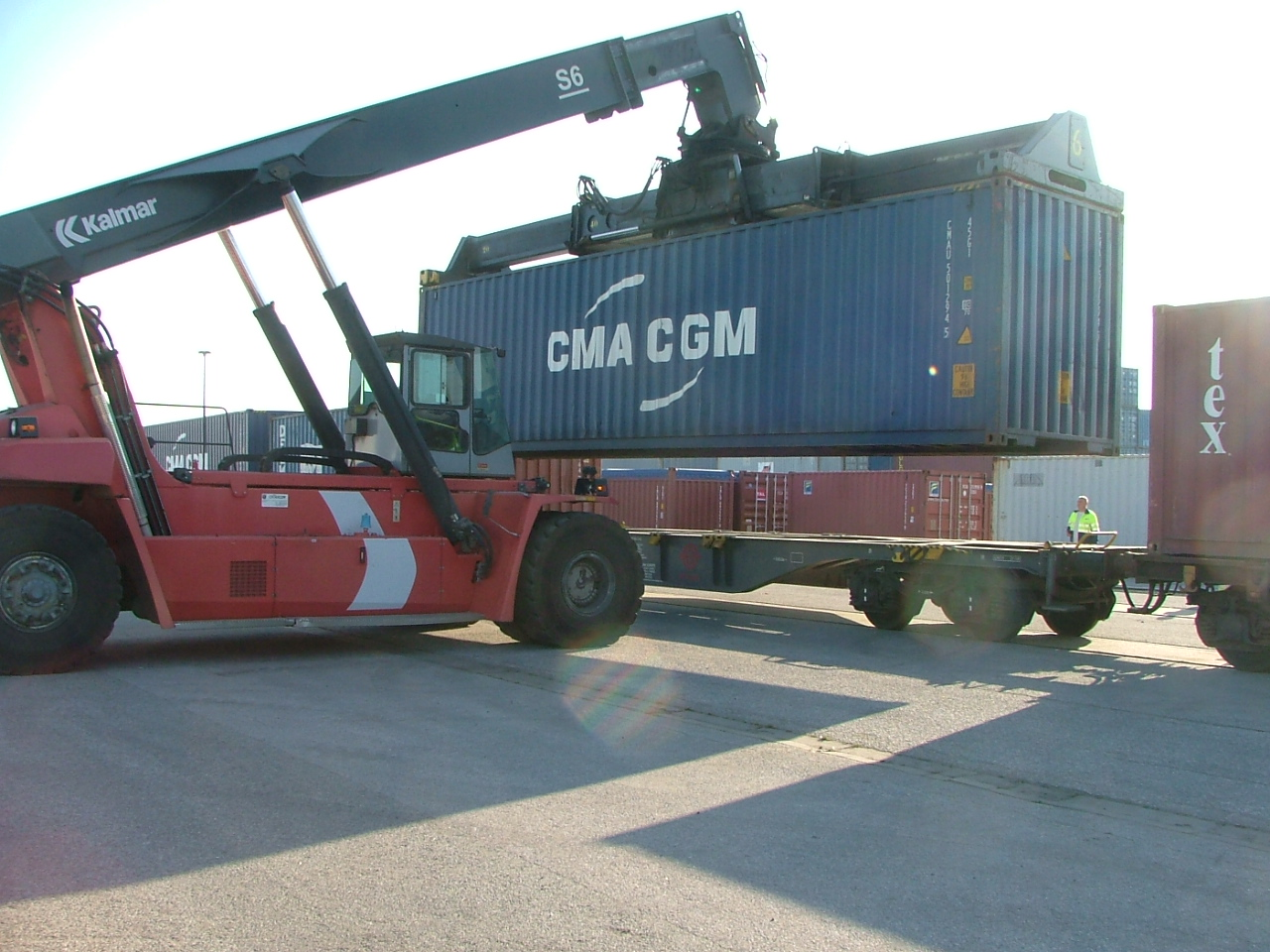transport conteneur voies ferr es en national ecotra logistics. Black Bedroom Furniture Sets. Home Design Ideas